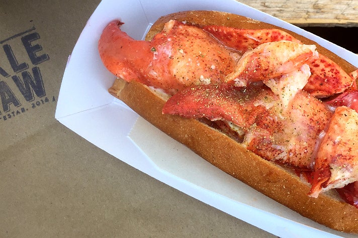 Lobster roll at Knuckle & Claw