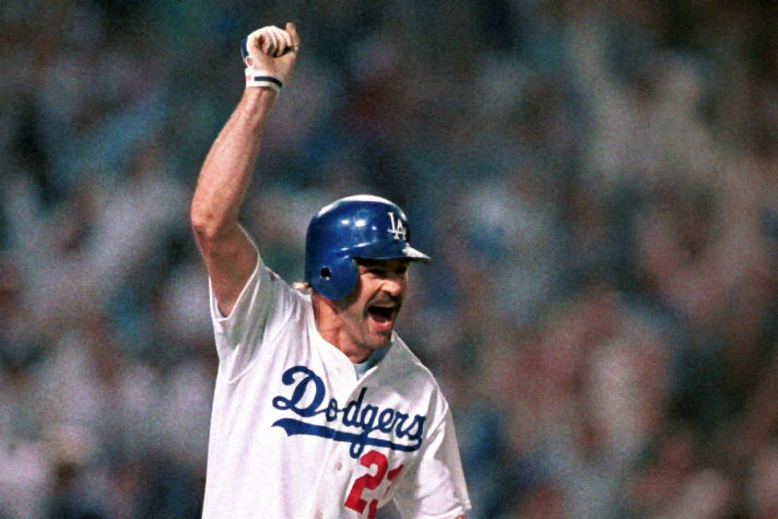Kirk Gibson circles the bases after his legendary home run