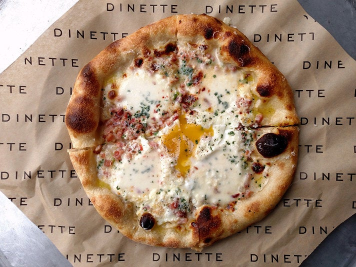 Breakfast pizza at Dinette